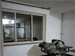 兴运小区1室1厅8000元/月