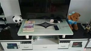 急出售9成新电视柜和玻璃茶几