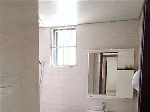 奥鑫锦城3室2厅2卫精装1300元/月