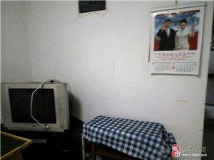 鸳鸯山工商局小区1室 1厅 1卫400元/月