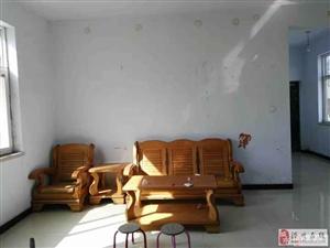 新泰龙城附近两室带两部空调