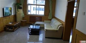 杏林公寓3室2厅1卫1500元/月