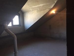 滑县江南绿城3室2厅2卫65万元