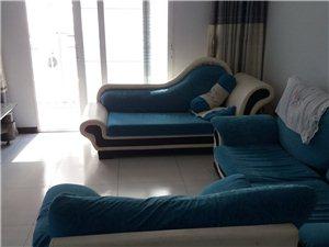 长阳新二中对面龙舟公寓3室2厅1卫1200元/月