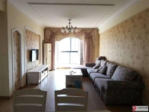 帝景国际10楼2室2厅1卫精装修1600元/月