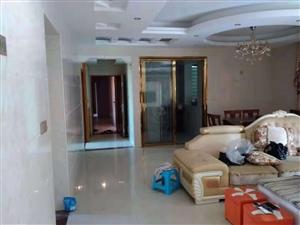 金沙水岸4室2厅2卫2100元/月