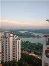 伊比亚河畔360度观景半年租3500/月