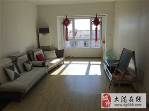 阳光家园5里2室2厅1卫1000元/月
