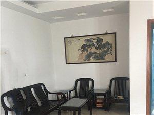 三元世纪城3楼精2室1厅1卫116平2000元/月