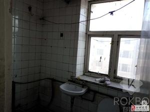 3146鹤城热力2室1厅1卫24万元