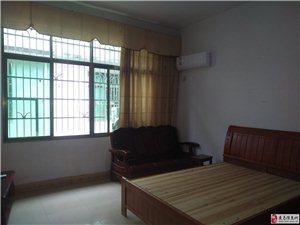 便宜好房出租水东市场3室1厅3卫1300元/月