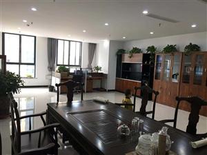 商会大厦高端写字楼1室1厅1卫3750元/月
