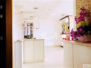 名桂世家高层精装修4室2厅2卫140万元