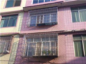 临江整栋楼便宜出售带店面,价钱可以商量