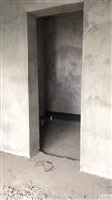 步行街�G茵�V��4��149平米毛坯新房41.8�f,