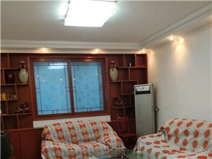 绿色家苑3室2厅2卫2000元/月双气拎包入住