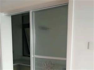中泉首府精装修,家具家电齐全。中间楼层,观景房