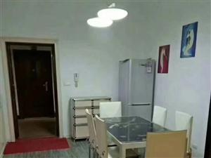 平安小区三楼123.46平方三室两厅一中等装修报价59万