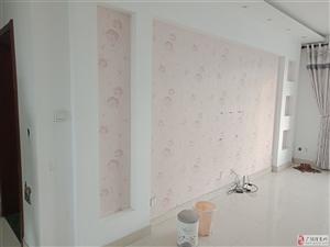 凯泽名苑120平精装带家具+空调冰箱1500元/月
