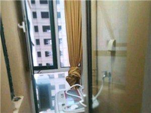 万融凯旋城2室2厅1卫1500元/月