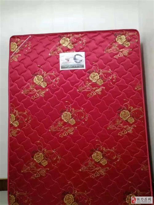 出售九成新椰棕弹簧厚床垫