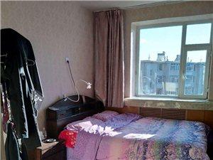 18749白城宾馆附近2室1厅1卫24万元