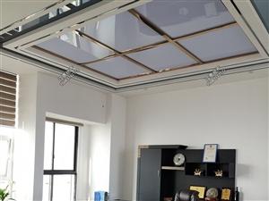 三间联排中央城高层豪华装修办公室2300元/月