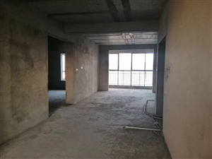 华府山庄3室2厅2卫61万元