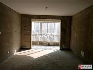 龙腾锦绣城-精品住宅-房型方正-3室2厅84万