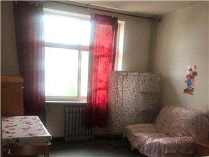 【玛雅精品推荐】枫林园3室2厅1卫1700元/月