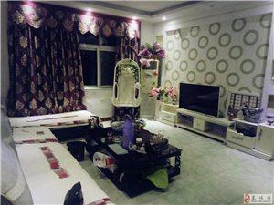 幸福路北头3室2厅套房出租、年租12000元