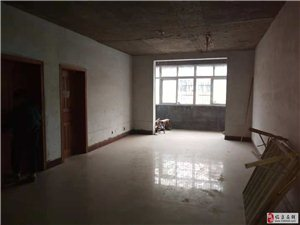 王柿园简装3室2厅1卫48万元