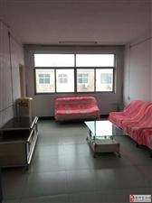金太阳公寓3室2厅2卫45万元