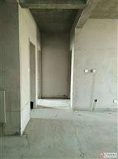 一手房手续巴黎庄园153平好楼层,急售85万元