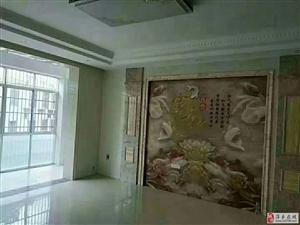 金鹏世家四楼 128平 全新装修全屋挂板58.8万