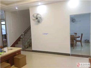 金星路有天有地栋房出售!4室2厅3卫售价82万元