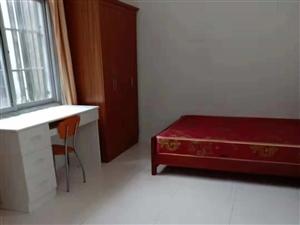 长阳酒厂湾民政局附近有一室一厅一厨一卫住房出租!