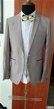 全新高档西服出售,款式繁多大小码都有,欢迎前来选购