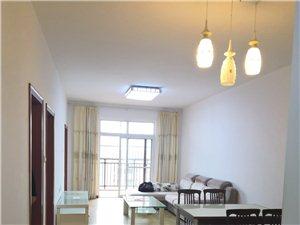 芷岸龙庭2室2厅1卫2400元/月
