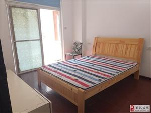 汇东南湖新村西区3室2厅1卫2100元/月