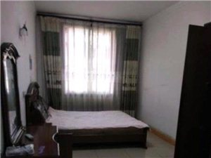二号小区3室2厅2卫1300元/月