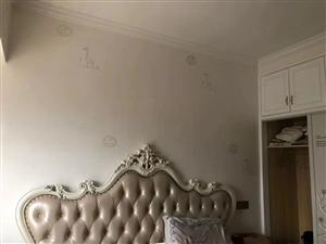 尚学领地4室2厅2卫精装修出售