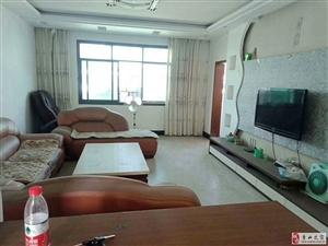 教师小区3室2厅2卫 凤凰中学 学区房 44.8万元