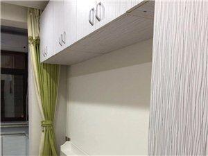 金北·盛世豪庭1室1厅1卫1000元/月