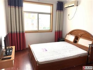 太平花苑小区3室1厅1卫2800元/月