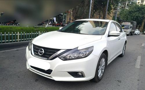 日产天籁重庆威尼斯人平台新车二手车不走征信当天提车