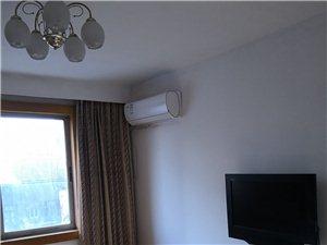 多图,黄海路85平米2室1厅中装修1250/月