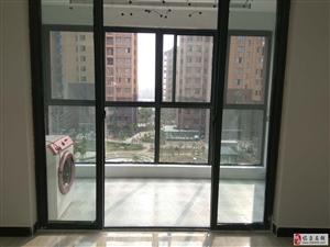 同运凯旋名门中装包物2室2厅1卫1166元/月