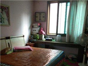 锦城花园学区房生活便利1500元/月