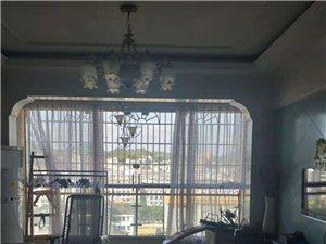 滨江首座3室2厅2卫72万元